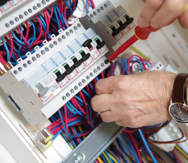Rénovation électricité - entreprise d'électricité générale grenoble